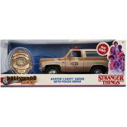 Jada Hollywood Rides Stranger Things fém autómodell - 1980 Chevy K5 jelvénnyel