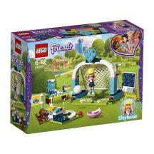 LEGO Friends 41330 Stephanie fociedzésen