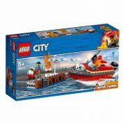 LEGO City 60213 Tűz a dokknál