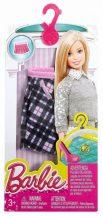 Barbie ruhák: Kockás szoknya