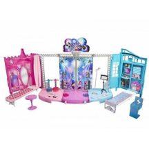 Barbie átalakuló színpad