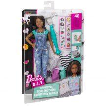 Barbie D.I.Y. Emoji ruhatervező baba - BARNA HAJÚ