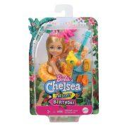 Barbie Az elveszett szülinap - Chelsea baba zsiráfos úszógumiban