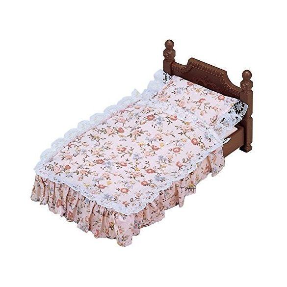 Sylvanian Families Klasszikus antik ágy
